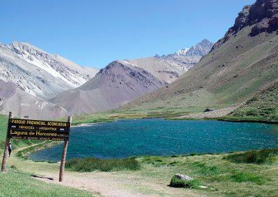 paisaje mendoza_aconcagua_laguna_horcones Argentina